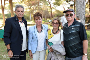 http://www.isarenas.it/wp-content/uploads/2017/09/2017-09-17-Narbolia-Pineta-Is-Arenas-Premiazione-Torneo-golf-e-buffet-032-300x200.jpg