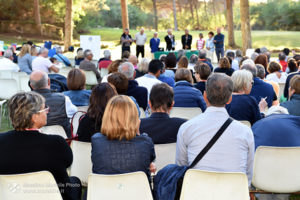 http://www.isarenas.it/wp-content/uploads/2017/09/2017-09-17-Narbolia-Pineta-Is-Arenas-Premiazione-Torneo-golf-e-buffet-060-300x200.jpg