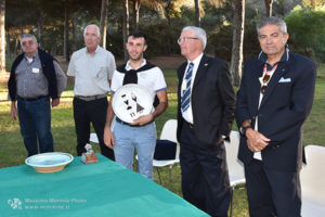 http://www.isarenas.it/wp-content/uploads/2017/09/2017-09-17-Narbolia-Pineta-Is-Arenas-Premiazione-Torneo-golf-e-buffet-123-300x200.jpg