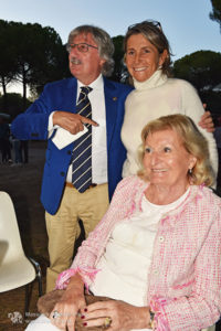 http://www.isarenas.it/wp-content/uploads/2017/09/2017-09-17-Narbolia-Pineta-Is-Arenas-Premiazione-Torneo-golf-e-buffet-134-200x300.jpg