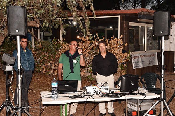 http://www.isarenas.it/wp-content/uploads/2017/09/2017-09-17-Narbolia-Pineta-Is-Arenas-Premiazione-Torneo-golf-e-buffet-159.jpg